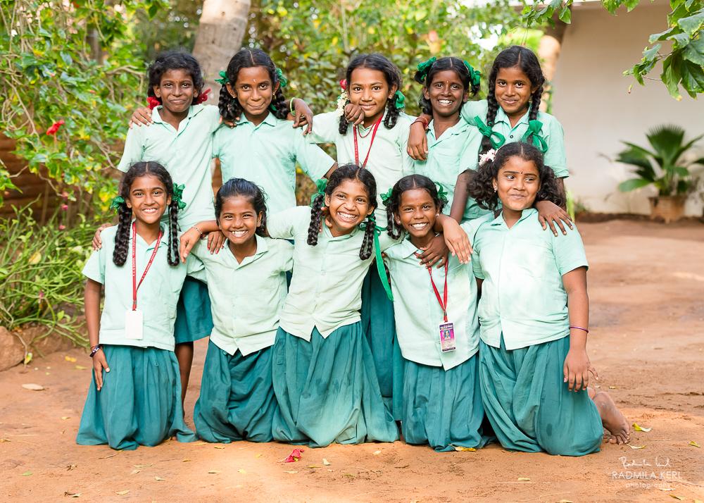 Schülerinnen im Prana Projekt Südindien